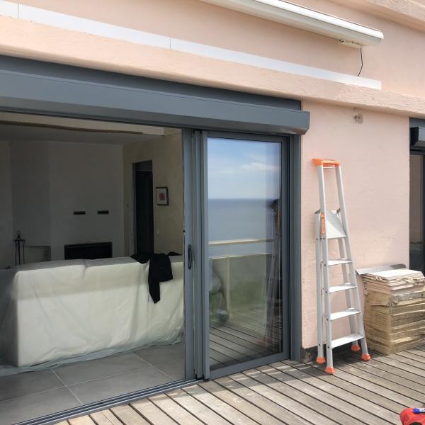 Pose de baie vitrée coulissante aluminium à Six-Fours (83)