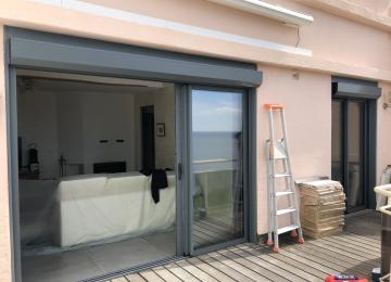 Installation baies coulissantes vitrées - Sud Alu
