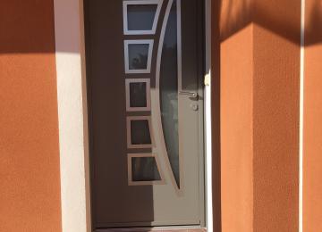Installation porte d'entrée alu Toulon - Sud Alu