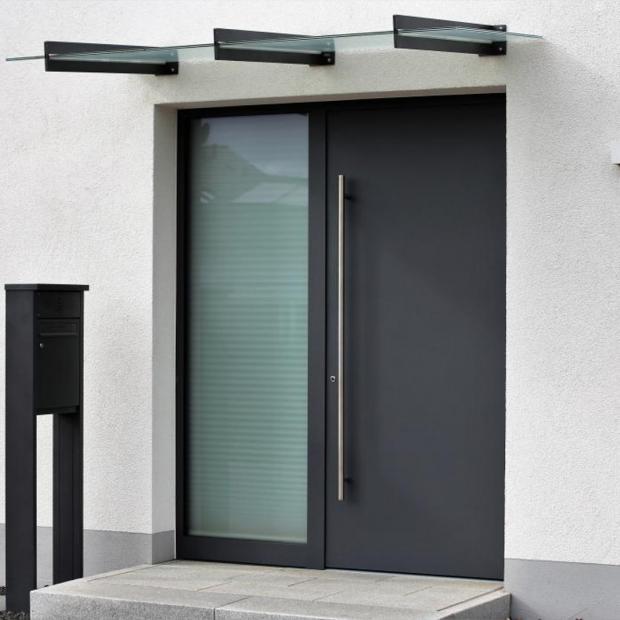 Porte d'entrée aluminium Toulon (83)