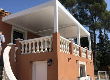 Pergola bioclimatique à lames orientables - Toulon - Sud Alu