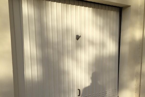 Porte de garage basculante Toulon (83)