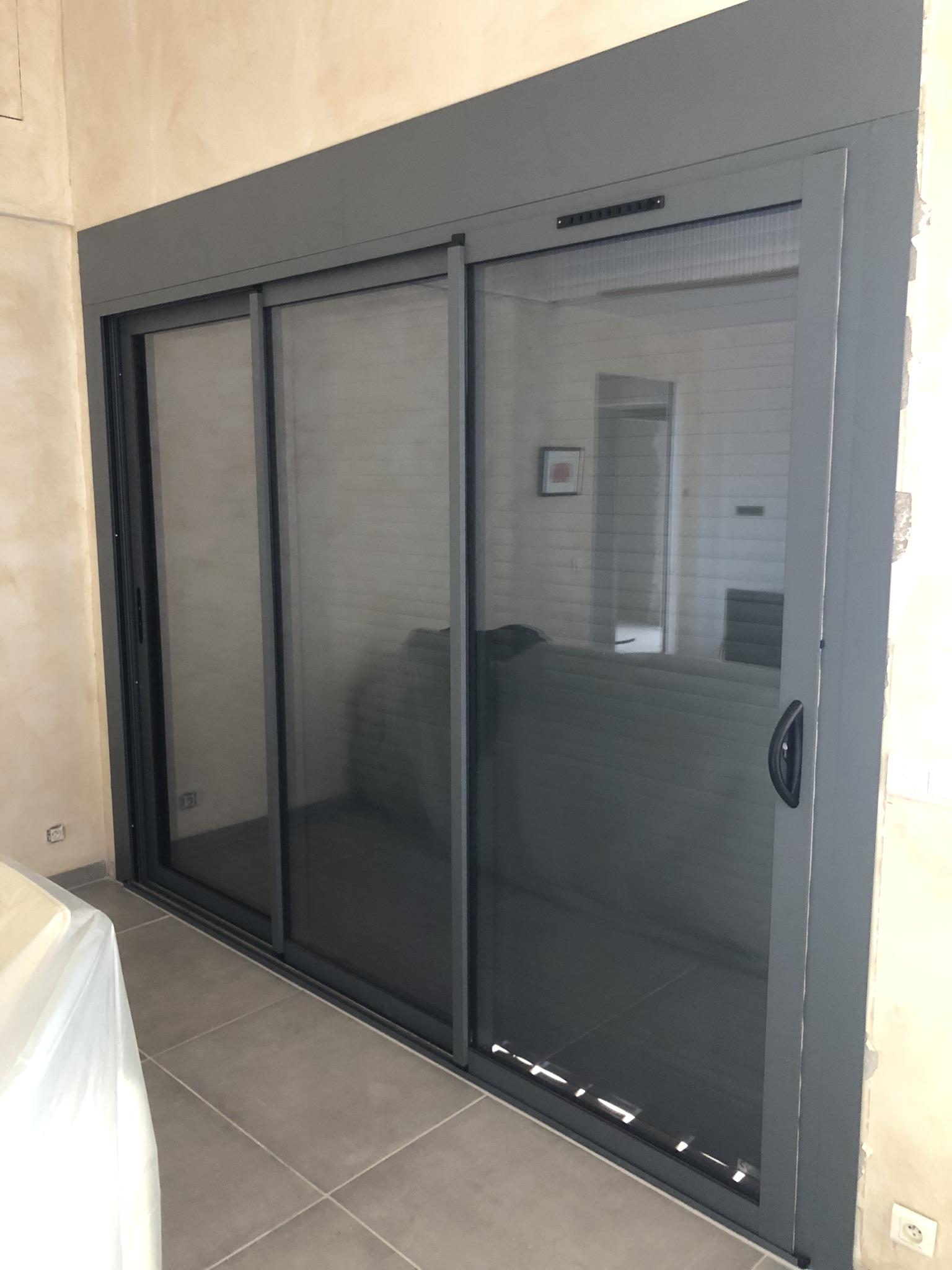 Baie coulissante aluminium Toulon (83) - Installation ...